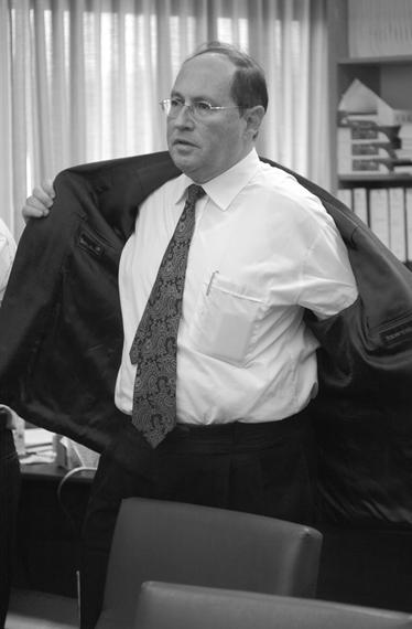 אליקים רובינשטיין בזמן שהיה היועץ המשפטי לממשלה (צילום: פלאש 90)