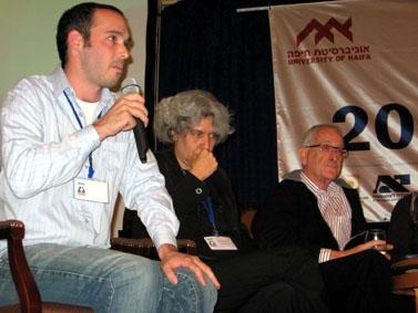 מחלוקת. עמוס שוקן (מימין), ארנה לין ויאיר טרצ'יצקי