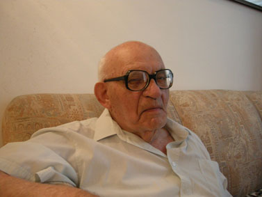 דוד גלעדי, תל-אביב  (צילום: דני עשת, יוזם המחווה לתושבי תל-אביב יפו סביב גיל 100)