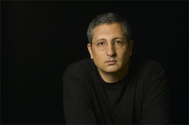 ניר חפץ (צילום: על-ידי רמי זרנגר, ויקיפדיה העברית, cc-by-sa-2.5)