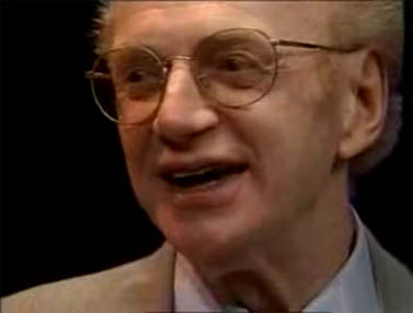 דניס פוטר (צילום מסך: מתוך ראיון טלוויזיוני שערך ב-1994)