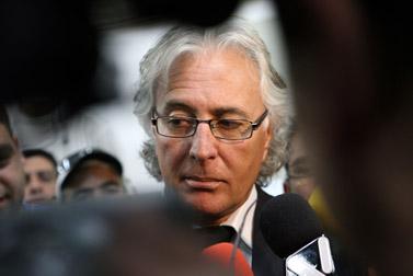 """עו""""ד ציון אמיר בדיון בהארכת מעצרו של דודו טופז, 1 ביוני (צילום: לירון אלמוג)"""