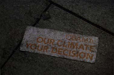 """הפגנה של ירוקים באוסלו בזמן הענקת פרס נובל לנשיא ארה""""ב ברק אובמה (צילום: Joaaso, רשיון cc-by-nc-sa)"""