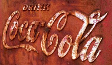 """""""שתו קוקה-קולה"""" (צילום: Jason Means, רשיון cc-by-nc-nd)"""