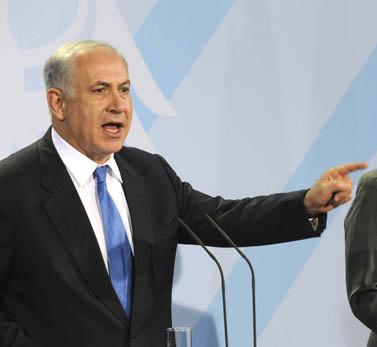 """ראש ממשלת ישראל בנימין נתניהו, במסיבת עיתונאים בעת ביקורו בגרמניה, 18.1.2010 (צילום: משה מילנר, לע""""מ)"""
