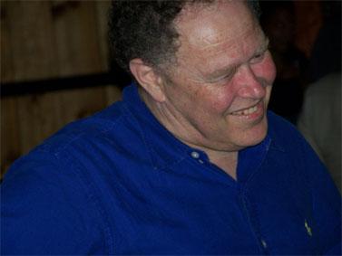 """ד""""ר אבנר כהן בהקרנת הבכורה של """"ממלכת הסוד"""", סינמטק ירושלים. 15.7.10 (צילום: """"העין השביעית"""")"""