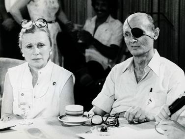 משה דיין ואשתו רחל, 1981 (צילום: משה שי)