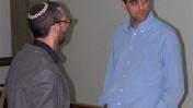 """ברוך קרא (מימין) ושמואל רוזנר, אתמול בבית-המשפט בתל-אביב (צילום: """"העין השביעית"""")"""