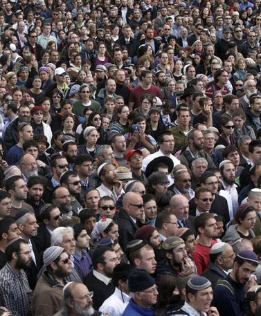 הלוויית בני משפחת פוגל, אתמול בירושלים (צילום: ליאור מזרחי)