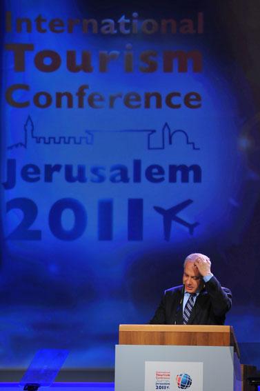 ראש הממשלה בנימין נתניהו בוועידת התיירות הבינלאומית בירושלים. 29.3.11 (צילום: יואב ארי דודקביץ')
