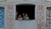 ילדים בלוב (צילום: Sebastià Giralt, רישיון CC BY-NC-SA 2.0)