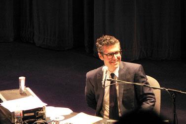 מנחה הרדיו אירה גלס, ספטמבר 2007 (צילום: סטפני אשר, רשיון cc-by-nc-sa)