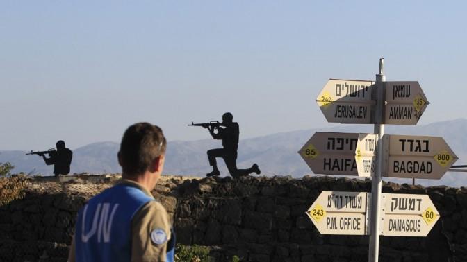 """חייל או""""ם בפסגת הר בנטל שבגולן (צילום: צפריר אביוב)"""