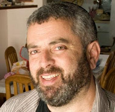 העיתונאי גיל רונן (צילום: tamarnet, נחלת הכלל)