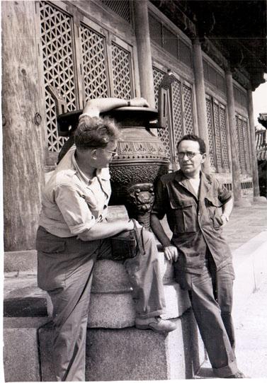 מדזיני, כתב צבאי בסיאול, קוריאה, אוגוסט 1951