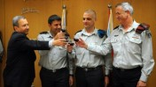 """הרמת כוסית לרגל מינויו של יואב הר-אבן לתפקיד ראש אגף המבצעים של צה""""ל (צילום: שי וגנר)"""