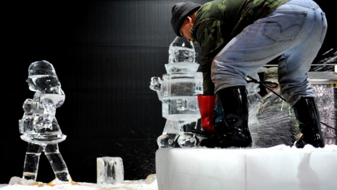 תערוכת פיסול בקרח, ירושלים (צילום: יואב ארי דודקביץ')