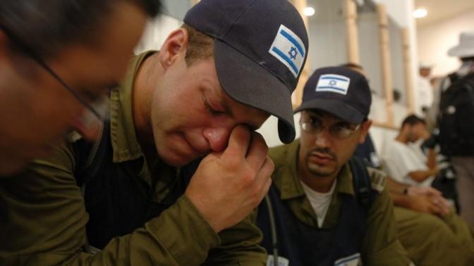 חיילים בפינוי גוש קטיף, אוגוסט 2005 (צילום: פייר תורג'מן)