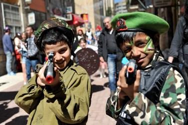 ילדים מחופשים לכבוד פורים (צילום: יואב ארי דודקביץ')
