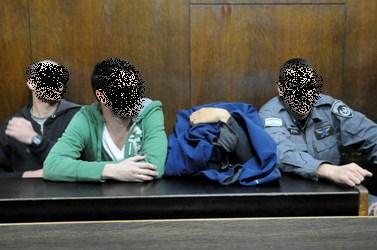 השוטרים החשודים בהתעללות בפלסטיני (צילום: יוסי זליגר)