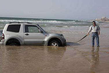 חוף הכרמל, שלשום (צילום: מתניה טאוסיג, פלאש 90)