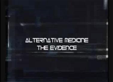 """מתוך הפתיח של סדרת הטלוויזיה """"הרפואה האלטרנטיבית: הראיות"""" (צילום מסך)"""