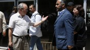ריצ'רד גולדסטון (משמאל) נפגש עם נציג החמאס גאזי חמאד ברפיח. 1.6.2009 (צילום: פלאש 90)