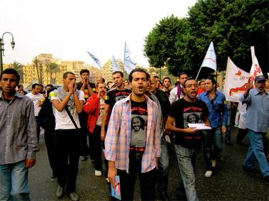 תהלוכה לכיוון בניין מסאפרו בקהיר, 28.10.11 (צילום: גיגי אבראהים, cc-by)