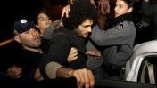 מעצר מפגין למען דיור ציבורי, אתמול בירושלים (צילום: אורן נחשון)