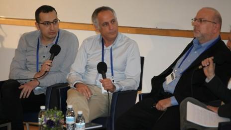 מימין: ירון דקל, מיקי מירו ואבי משולם, בכנס הרדיו במרכז הבינתחומי בהרצליה, 5.3.13 (צילום: אורן שלו)