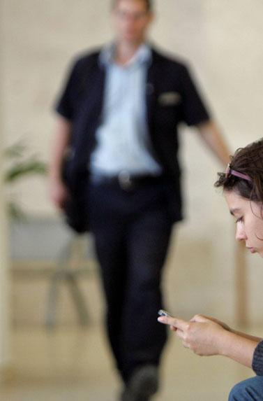 ענת קם בבית-המשפט המחוזי בתל-אביב, 29.12.09 (צילום: מרקו/פלאש 90)