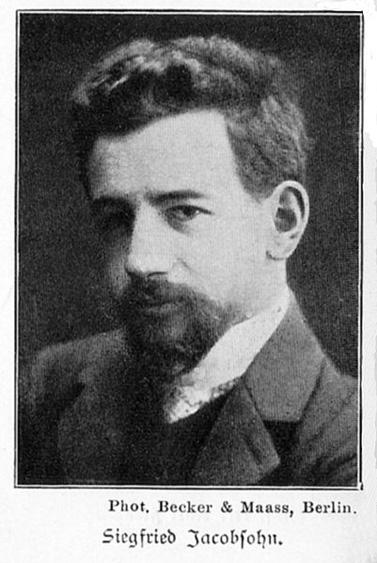 """זיגפריד יעקובסון, עורך ומבקר תיאטרון גרמני ממוצא יהודי (1881-1926), החל את דרכו בשבועון הברלינאי """"די וולט אם מונטג"""", וגם היה לעורכו עוד לפני שהפך דמות משפיעה בחוגי התיאטרון והעיתונות בעיר (צילום: Aus Spemanns goldenes Buch des Theaters 1902, נחלת הכלל)"""