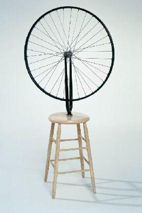 """""""גלגל אופניים"""" (1913/1916)"""
