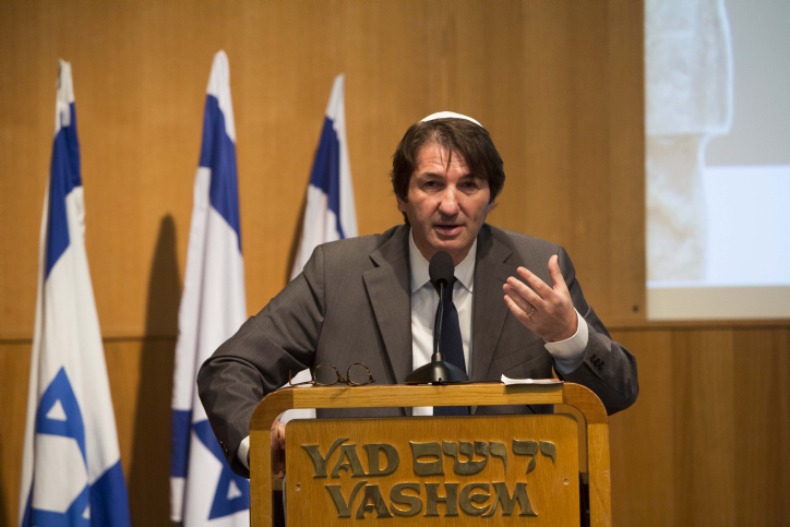"""כתב, פרשן ועורך חדשות החוץ של """"ישראל היום"""" בועז ביסמוט (צילום: יונתן סינדל)"""