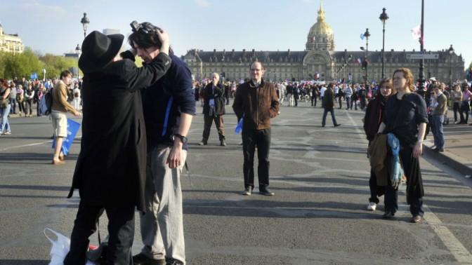 כיכר האינוולידים בפאריס, אתמול (צילום: סרג' אטאל)