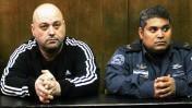 אריק קליין (משמאל) בבית-משפט השלום בתל-אביב, 20.2.2013 (צילום: פלאש 90)