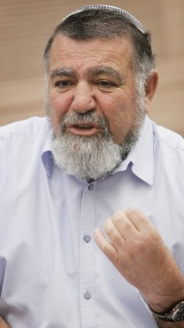 גרשון מסיקה, ראש המועצה האזורית שומרון, 4.5.13 (צילום: מרים אלסטר)