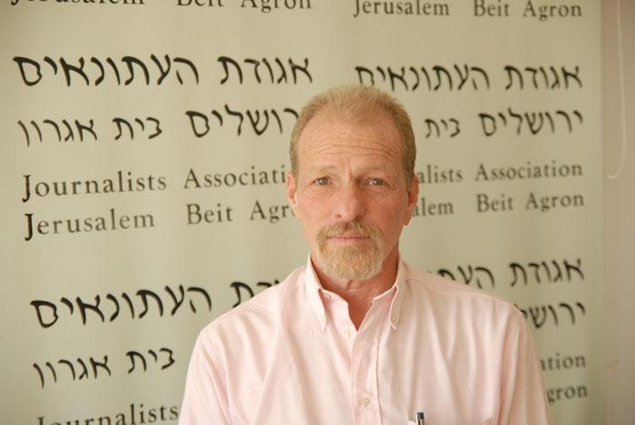 """אחיה (חיקה) גינוסר, יו""""ר אגודת העיתונאים ירושלים (צילום: אגודת העיתונאים ירושלים)"""
