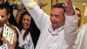 דני נישליס, במטה הבחירות של ראש עיריית חיפה יונה יהב, עם הישמע תוצאות הבחירות, 23.10.13 (צילום: אבישג שאר יישוב)
