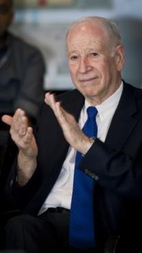"""פיליפ פרוסט, יו""""ר טבע, תל-אביב, אוגוסט 2013 (צילום: משה שי)"""