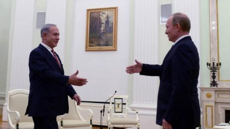 """ראש הממשלה בנימין נתניהו נפגש עם נשיא רוסיה ולדימיר פוטין, 21.11.13 (צילום: קובי גדעון, לע""""מ)"""