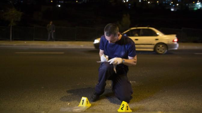 זירת פיגוע זריקת אבן ליד שכונת א-טור בירושלים, 28.11.13 (צילום: פלאש 90)
