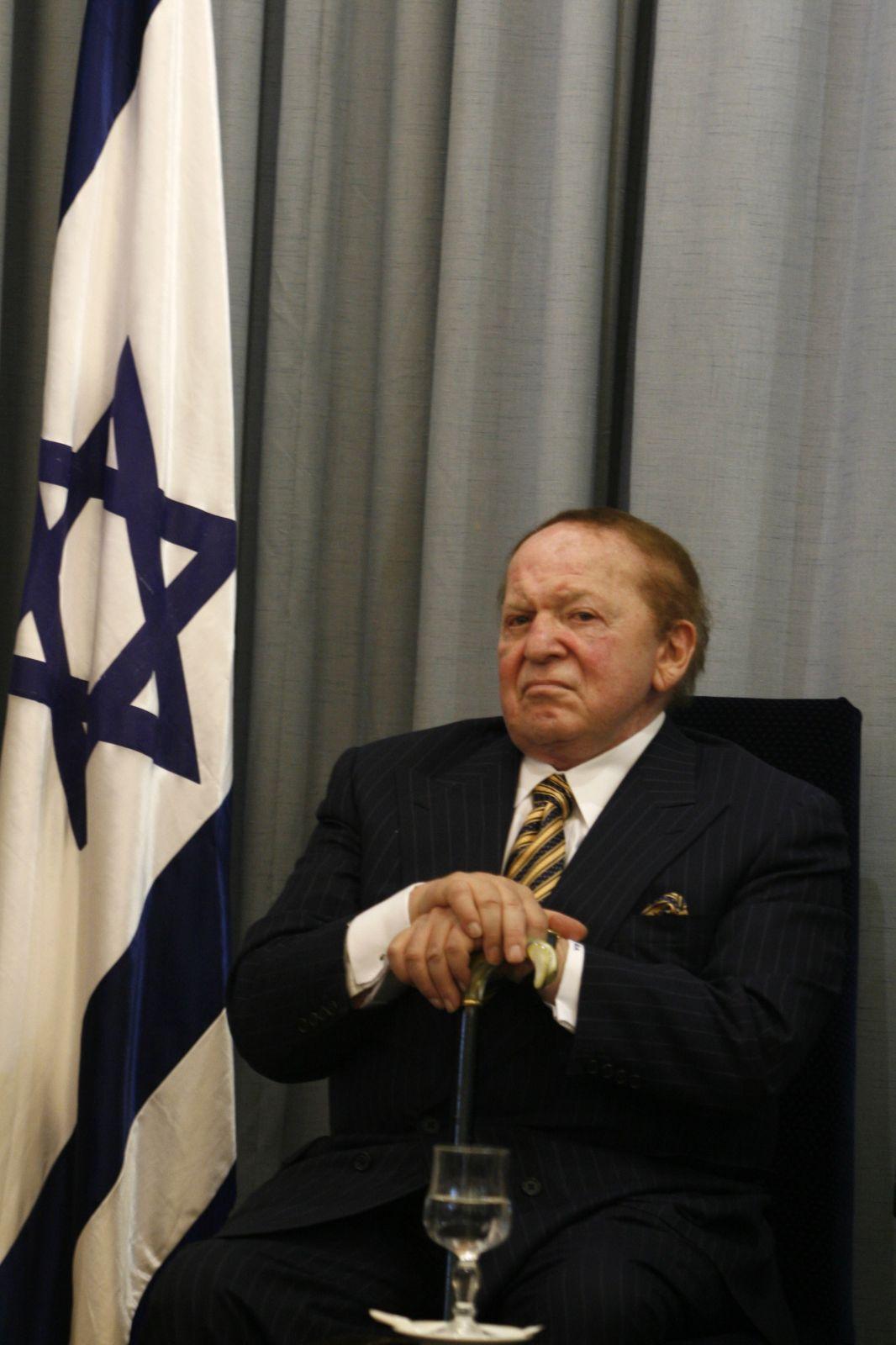 """מו""""ל ומייסד """"ישראל היום"""", שלדון אדלסון. בית הנשיא, 2007 (צילום: אוליביה פיטוסי)"""