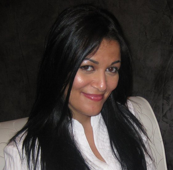 """לילא עבדו, מנהלת התכניות בערוץ """"אחנא TV"""" (צילום: """"אחנא TV"""")"""
