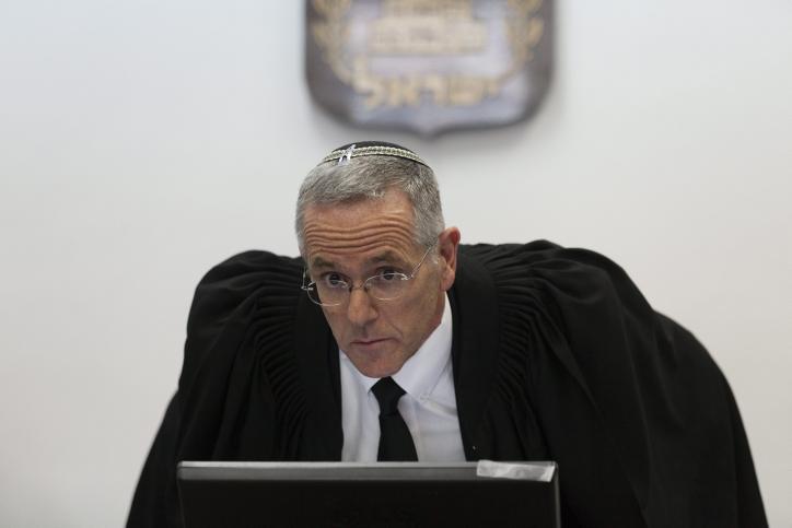 השופט דוד מינץ, בית-המשפט המחוזי בירושלים, 10.2.14 (צילום: פלאש 90)