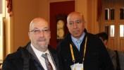 """זהיר בהלול (מימין) וסוהיל כראם מתחנת הרדיו הישראלית בשפה הערבית """"א-שמס"""", בוושינגטון בעת ביקור ראש הממשלה נתניהו, מרץ 2014 (צילום מסך: אתר """"א-שמס"""")"""