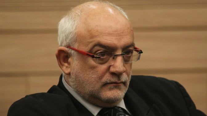 """מנכ""""ל רשות השידור יוני בן-מנחם בישיבת ועדת התרבות, נובמבר 2011 (צילום: קובי גדעון)"""