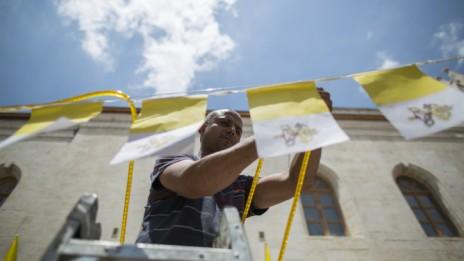 הכנות בירושלים לבואו של האפיפיור, 23.5.14 (צילום: יונתן זינדל)
