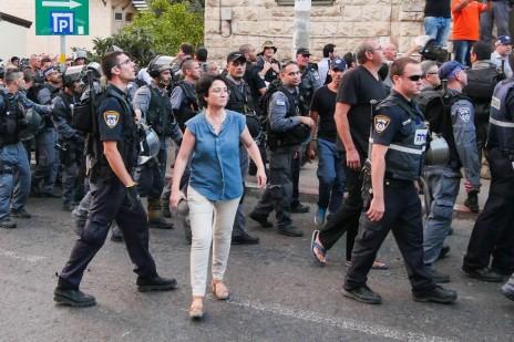 חנין זועבי בהפגנה בחיפה, 18.7.14 (צילום: פלאש 90)