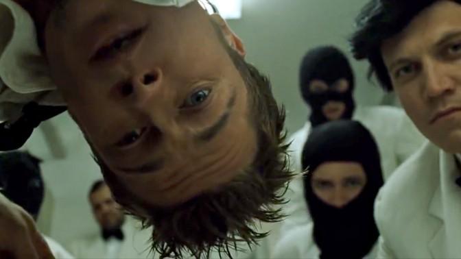 """(צילום מסך מתוך הסרט """"מועדון קרב"""")"""